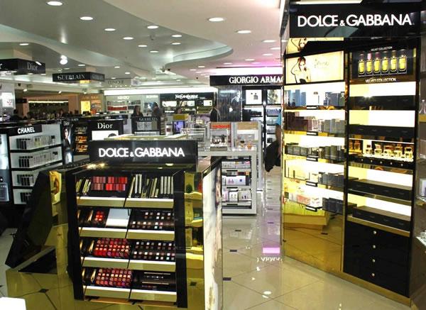 Как купить косметику в дьюти фри парфюм эйвон прима